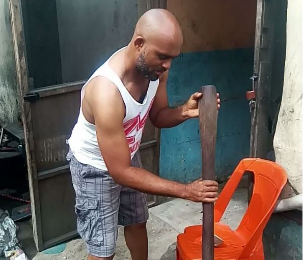 Nollywood actor, Leo Mezie, has every reasons to be happy knowing that God has got him covered no matter how the devil might try to bring him down.