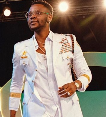 Singer, Kiss Daniel, is not just good in music or blessed with that baby face but when it comes to fashion, he kind of has the upper hand among some of his colleagues in the music industry.